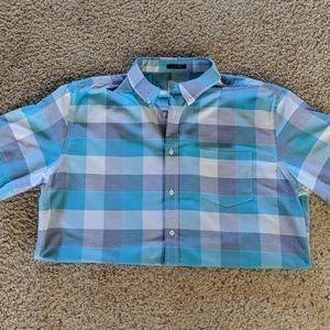Men's short sleeves button down